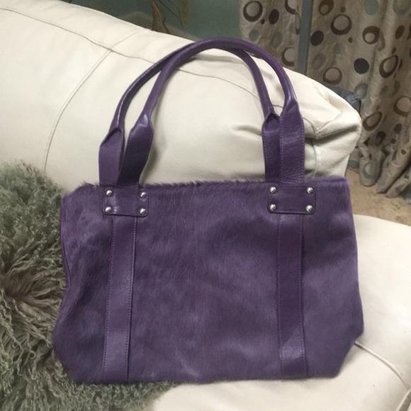 innue Handbags - Pretty genuine leather purse!